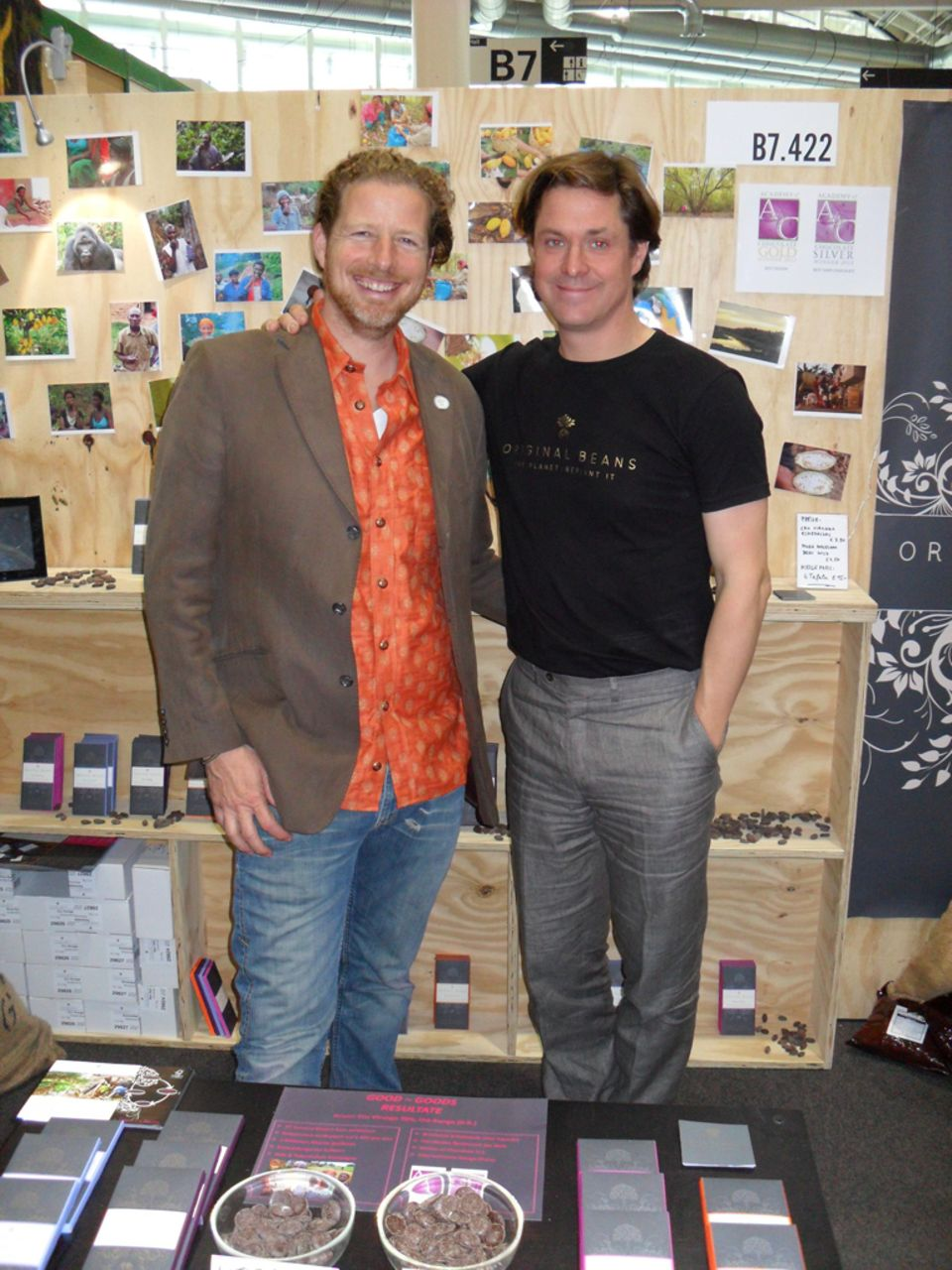 Harald Sorst (links) mit Philipp Kauffmann auf der Good Goods Messe 2011
