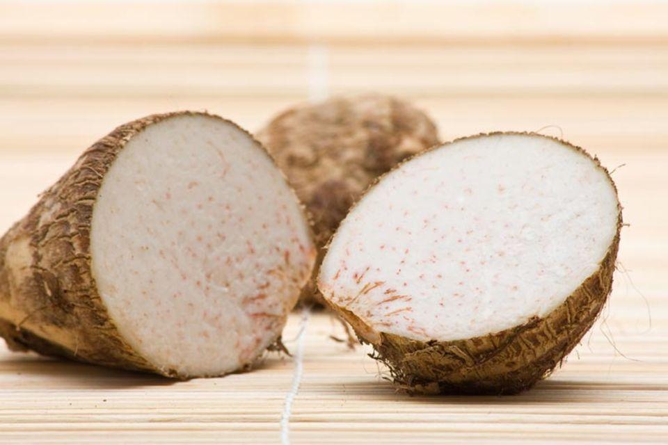 Das Fleisch der Taro ist weiß.