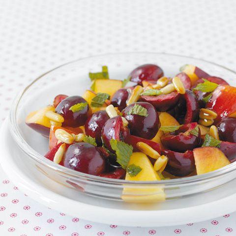 Auch in Obst steckt Calcium drin