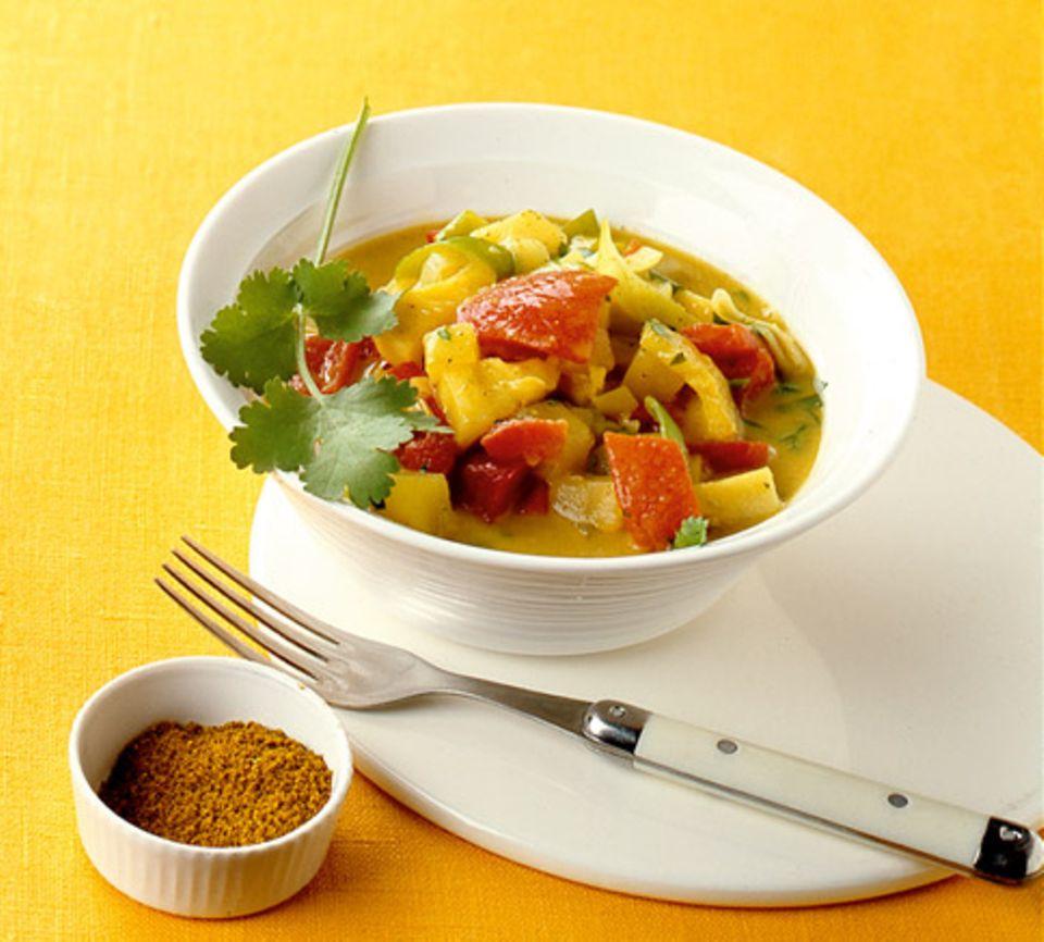 Die gelbe Farbe des Curry entsteht durch Kurkuma