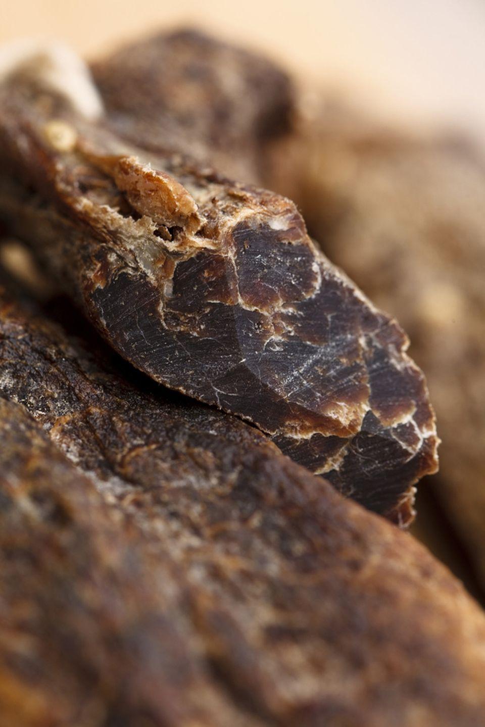 Biltong, getrocknetes Rind- oder Wildfleisch, ist ein beliebter Snack in Südafrika