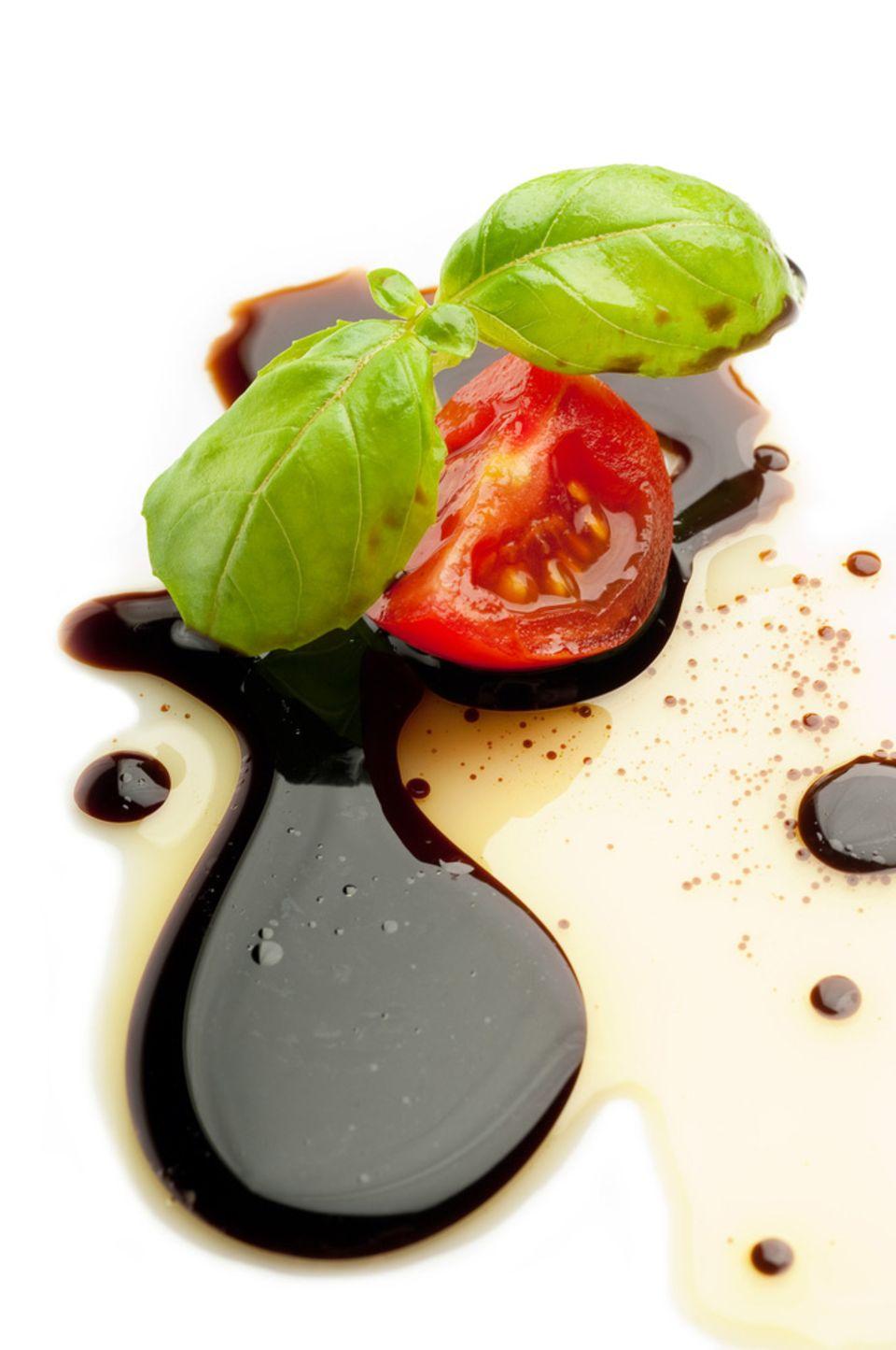 Balsamico Essig ist beliebt in der mediterranen Küche