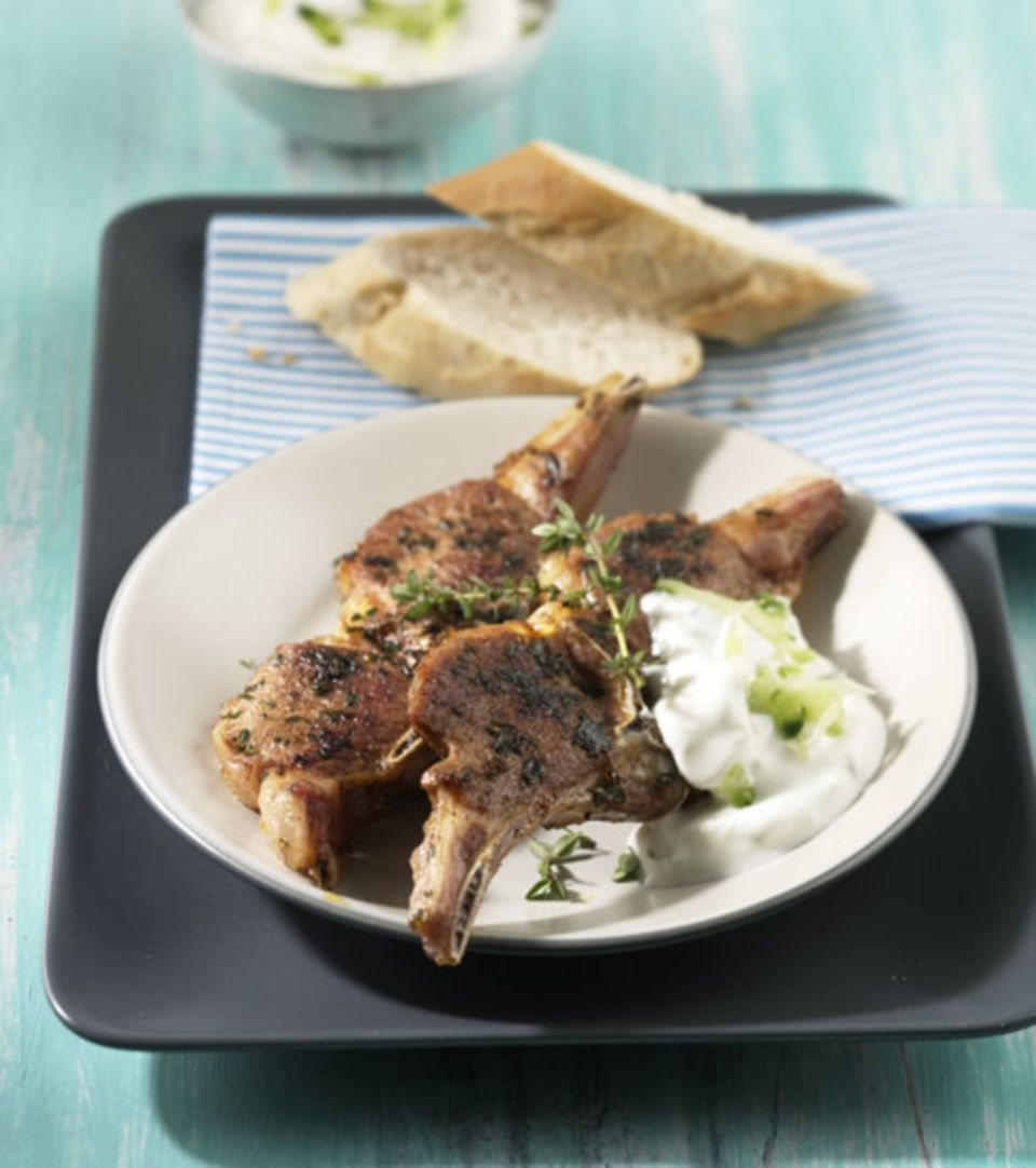 Griechische Lammkotelettes mit Thymian