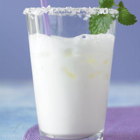 Zitronenmelisse: Erfrischende Getränke