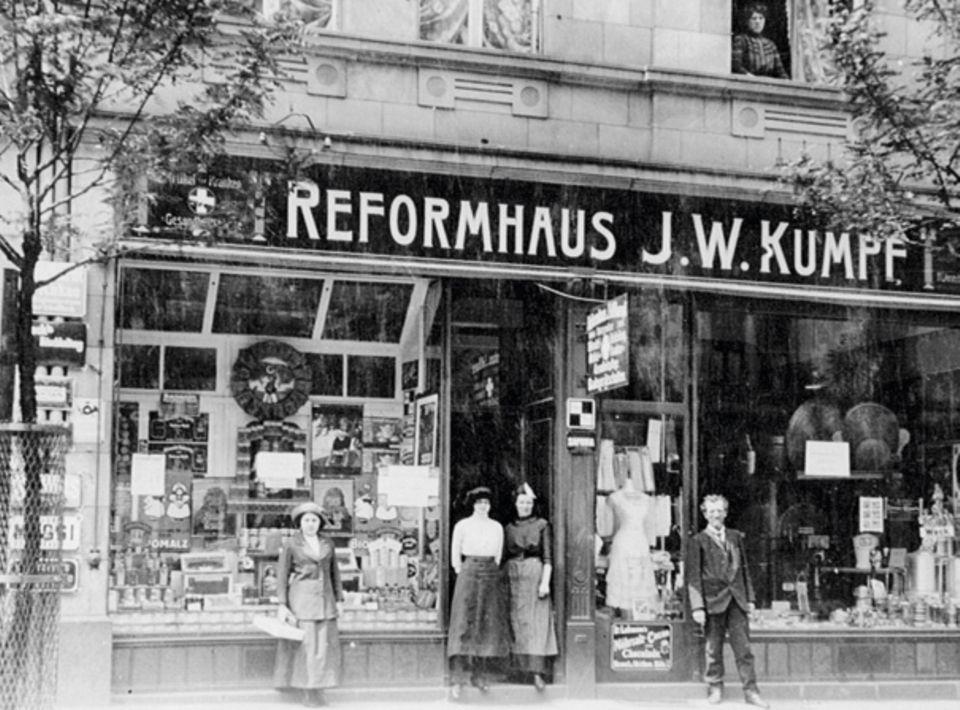 Das erste Reformhaus eröffnete 1887, das Konzept findet heute weiterhin eine Nische im modernen Lebensstil