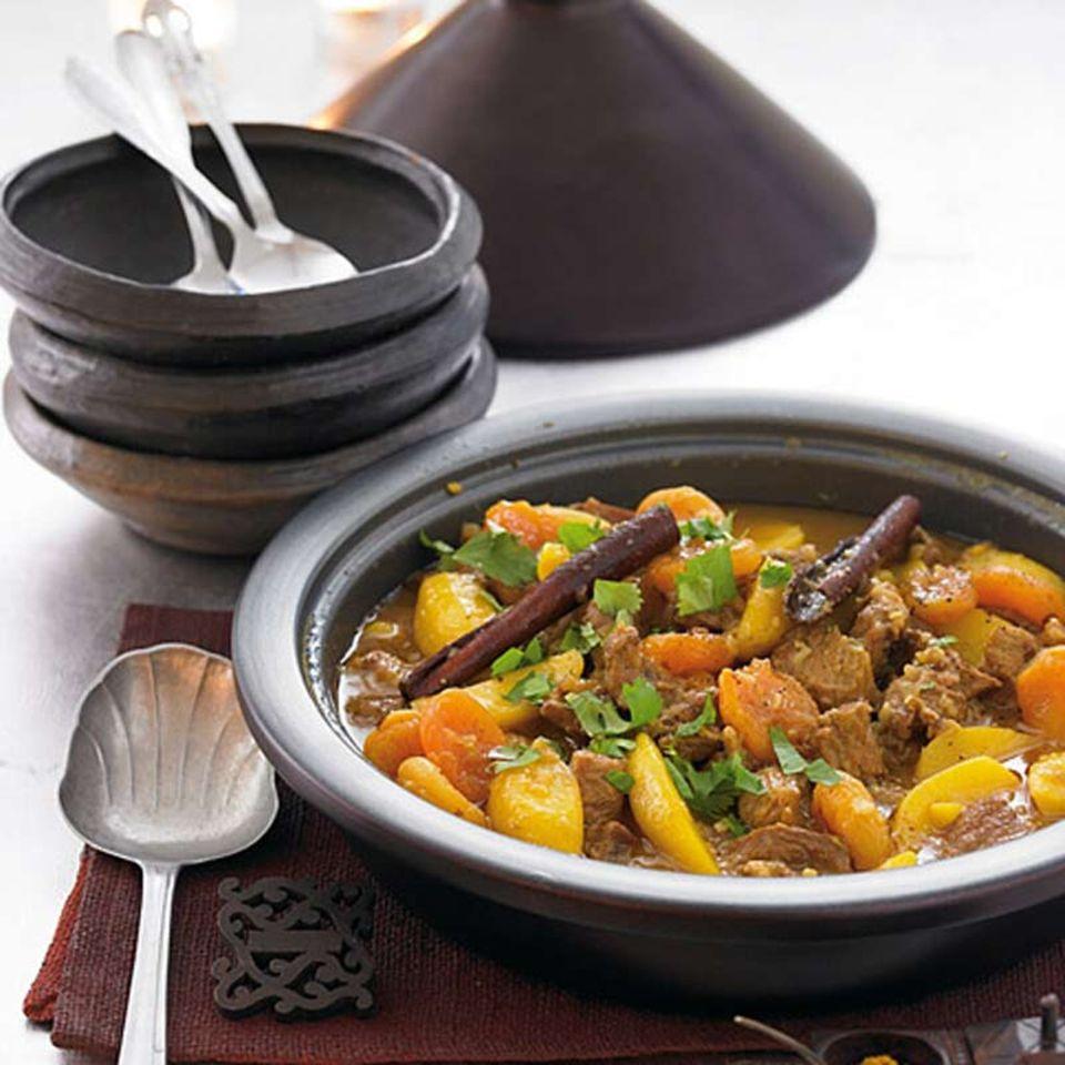 Typisch marokkanisches Gericht: Tajine und Couscous