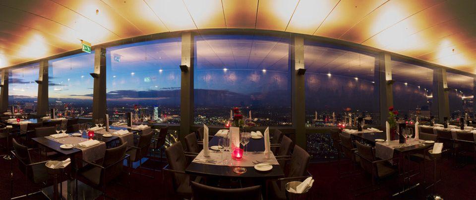 Tolles Panorama vom Münchner Olympiaturm