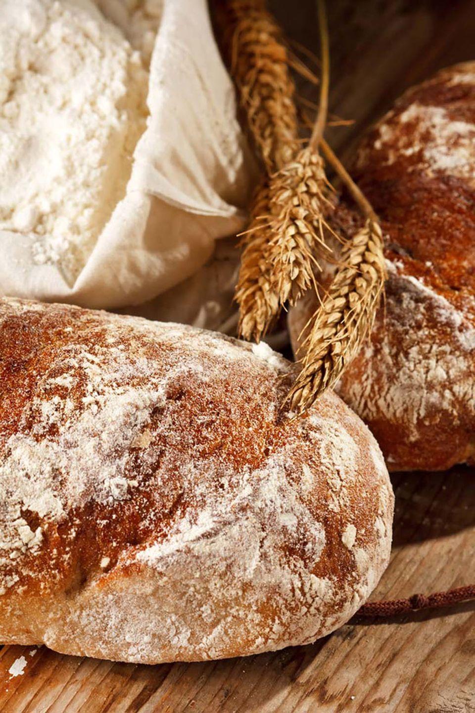 Frisches duftendes selbstgebackenes Brot schmeckt einfach köstlich