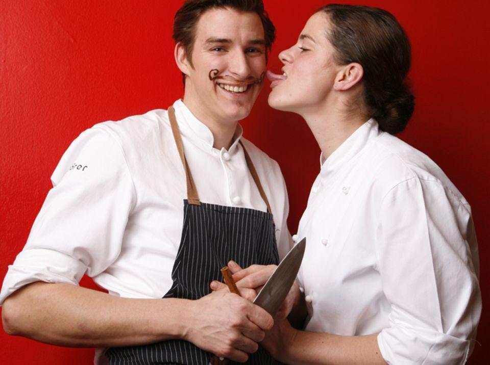 Arbeiten zusammen in ihrem Restaurant Gutsküche: Rebecca & Matthias Gfrörer