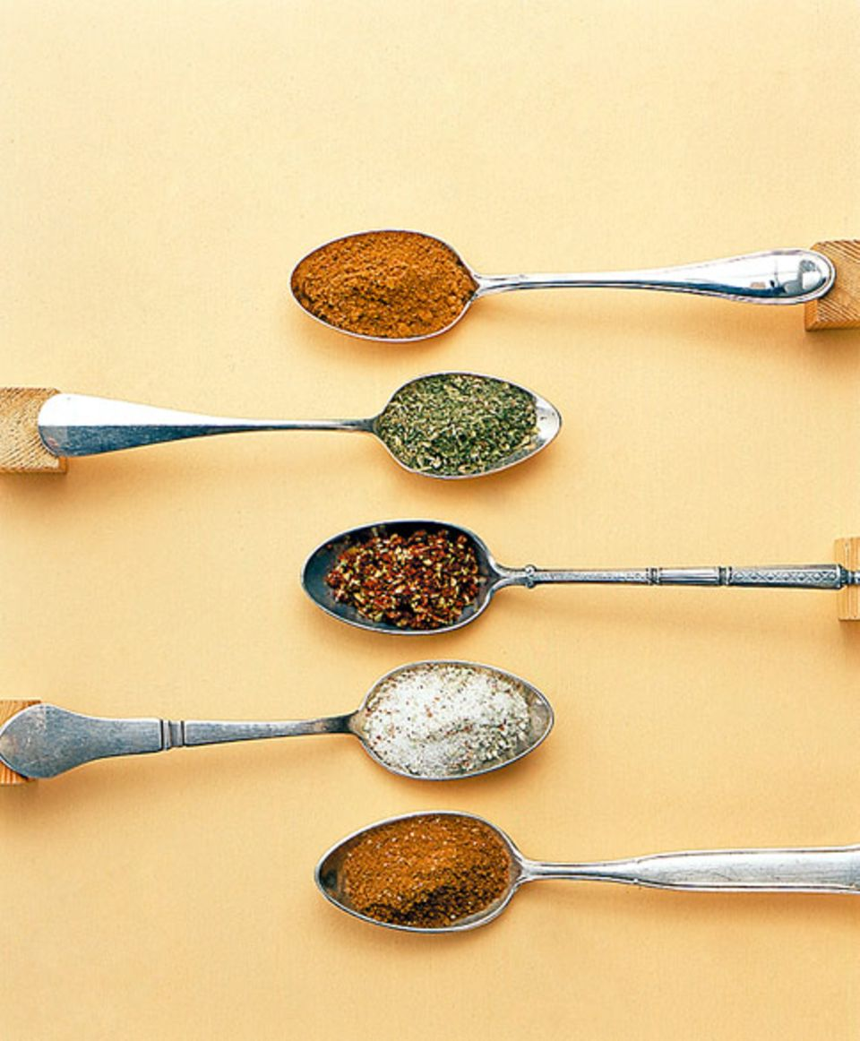 Getrocknete Kräuter schmecken toll als Mischung