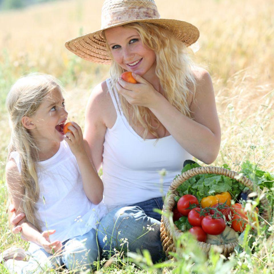 Gut für die Haut: Ein bunter Speiseplan mit viel Obst und Gemüse