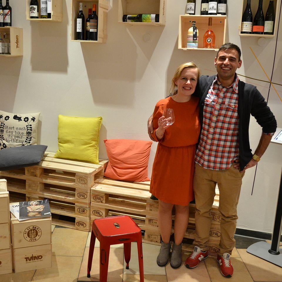 Stephanie Döring und Fatih Demirbas aus dem TVINO Pop Up Store