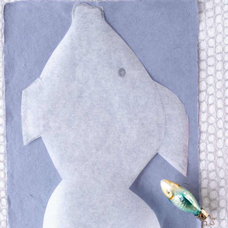 Deko-Tipp: aus Papier oder Filz einen Fisch ausschneiden