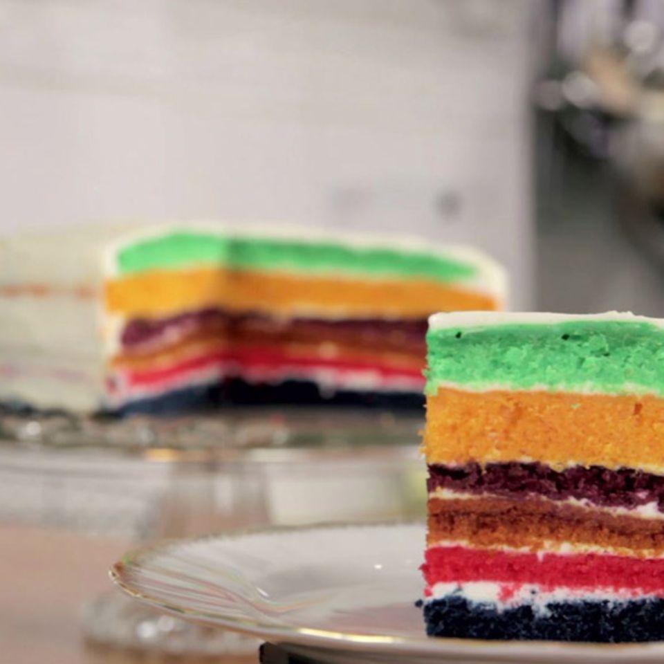 Regenbogenkuchen von Rike Dittloff
