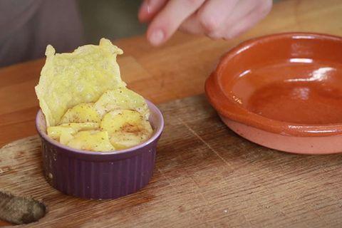 Kartoffelgratin mit Käsechips von Fabio Haebel