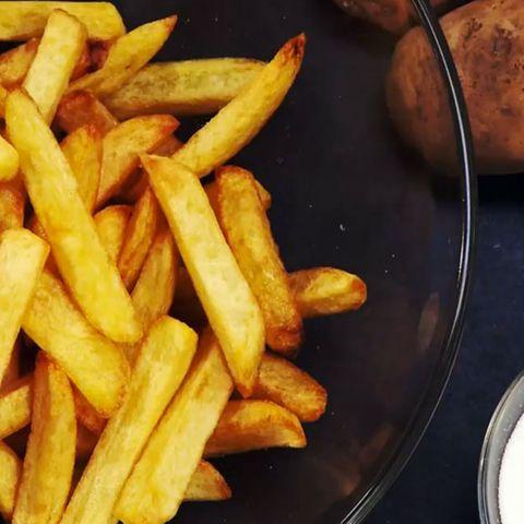 Selbstgemachte Pommes frites.