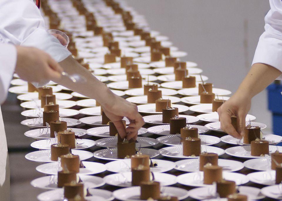 Beim Salon du Chocolat werden die neusten Schokoladenkreationen angeboten