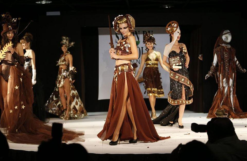 Der Salon du Chocolat präsentiert auch Mode aus Schokolade