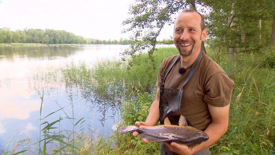 """Szene aus der Dokumentation """"Auf der Suche nach dem glücklichen Fisch"""""""