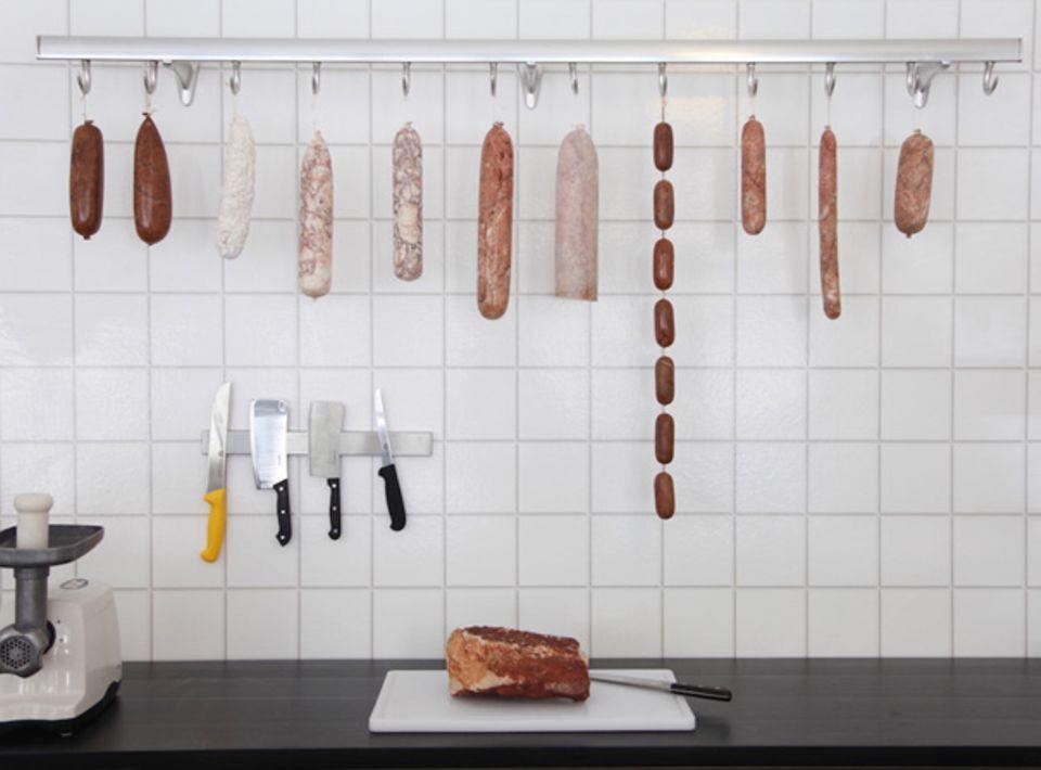 Darf's a bisserl mehr sein? Fleisch und Wurstwaren aus Marmor
