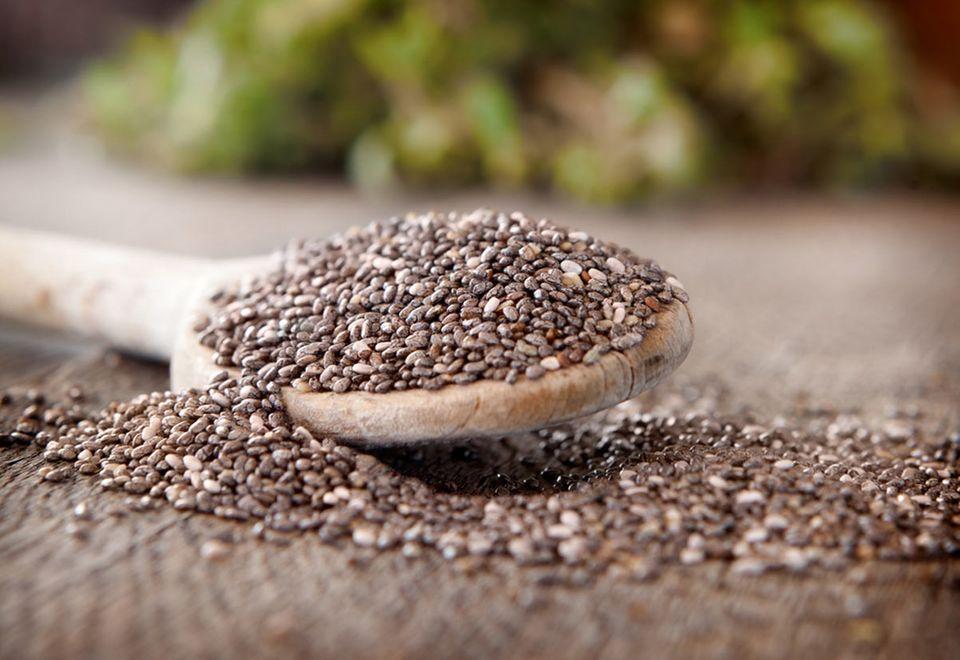 Grundnahrungsmittel der Mayas und Azteken: Chia-Samen im unbehandelten Zustand