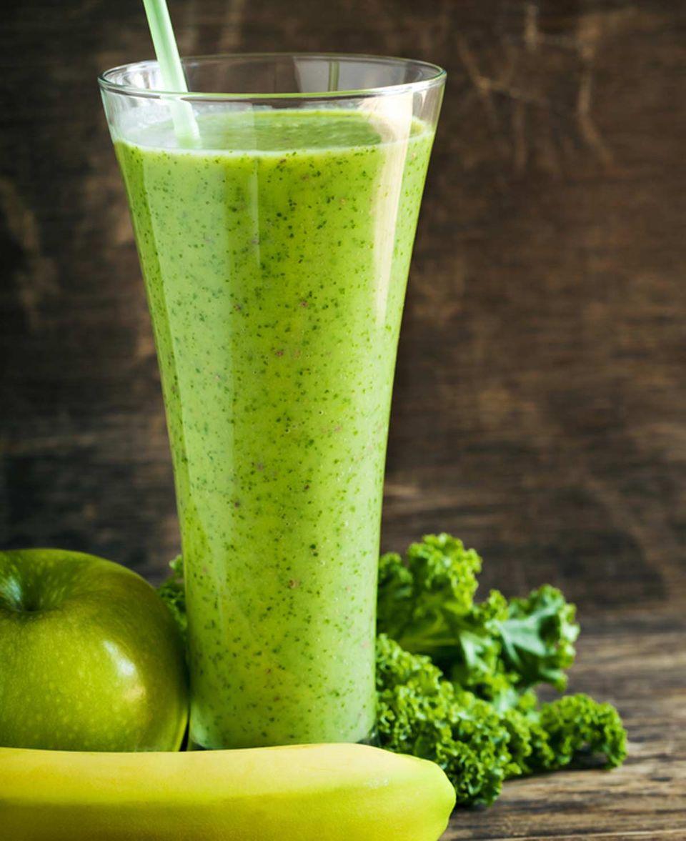 Gesund und sättigend: grüner Smoothie mit Chia-Samen