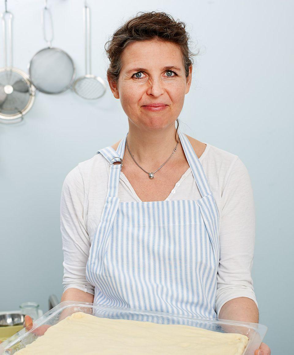 »e&t«-Köchin Hege Marie Köster zaubert die perfekte Eierschecke