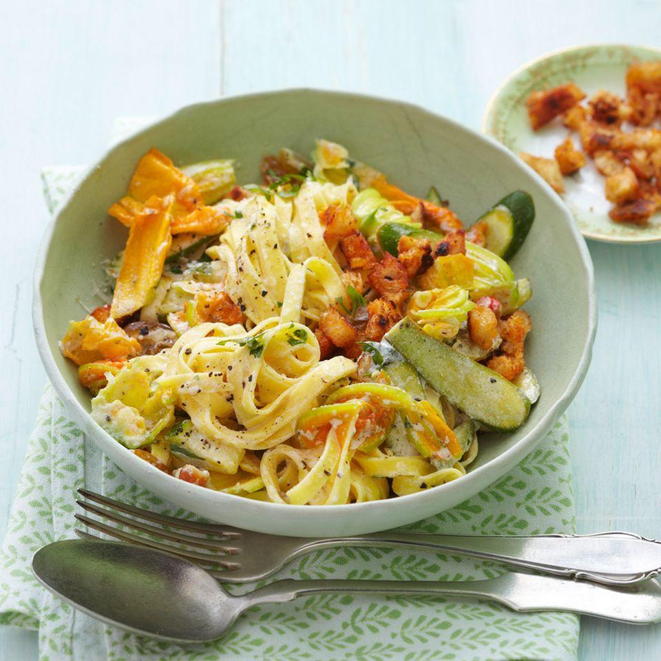 Rezepte: Zucchini und Nudeln