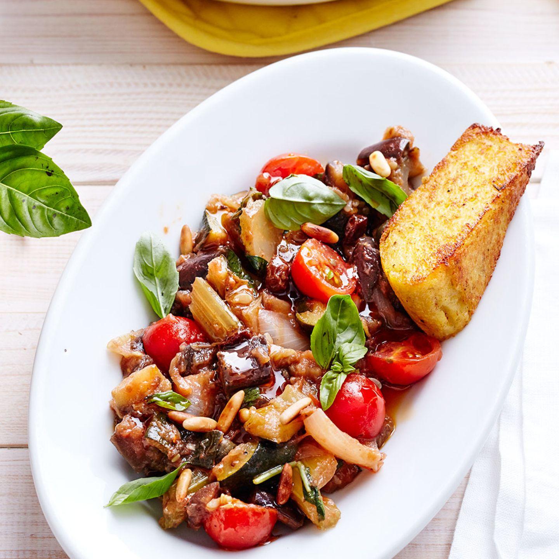 Vegetarische Gerichte mit Tomaten