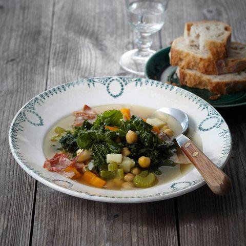 Traditionelle und moderne Rezepte mit Grünkohl