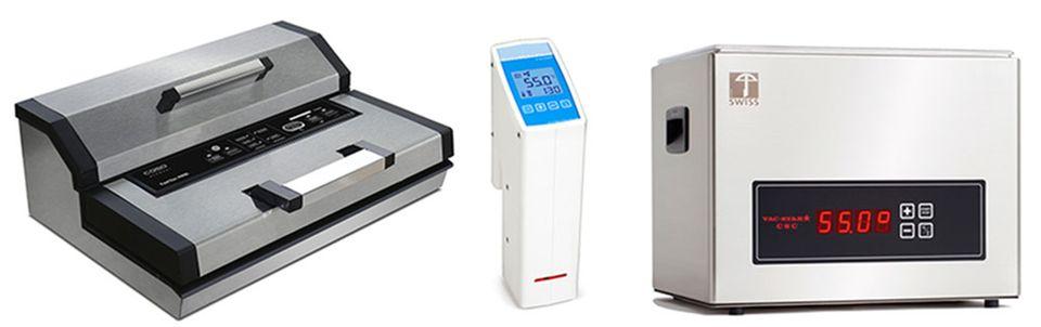 Fürs sous-vide Garen benötigen Sie: einen Vakuumierer und einen Einhänge-Thermostat oder ein kompaktes Wasserbad (v. l.)