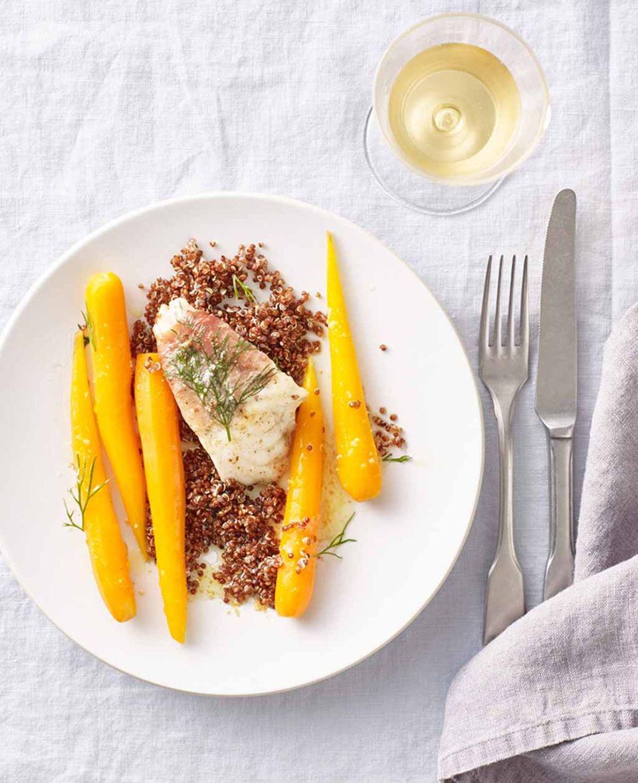 Seeteufel-Saltimbocca mit Orangen-Ingwer-Möhren