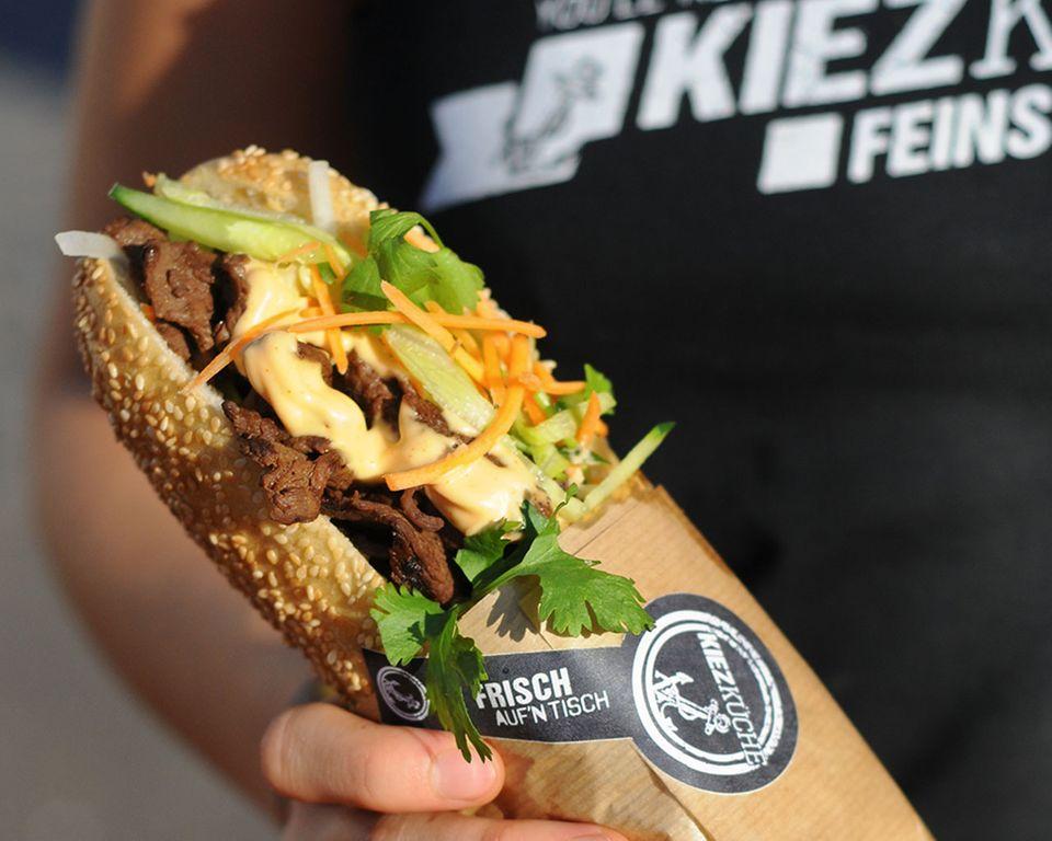 """Bánh mì mit Rind vom Foodtruck """"Kiezküche"""""""