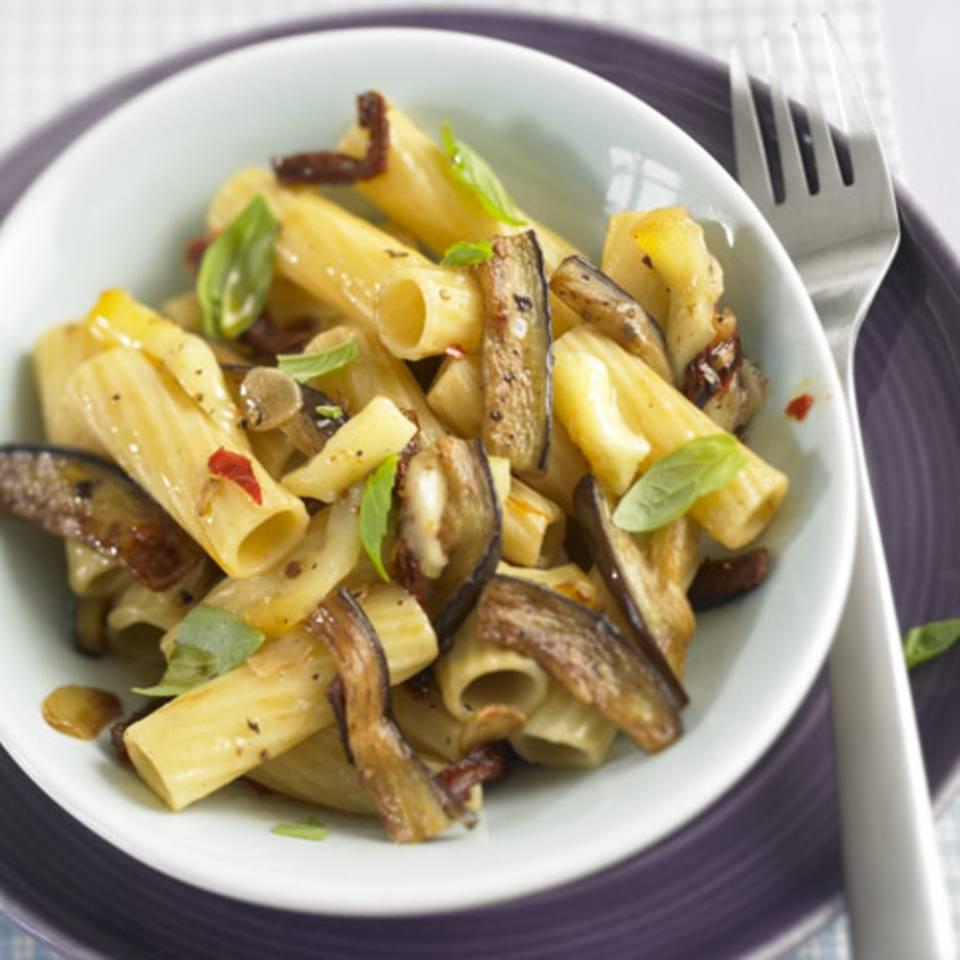 Tortiglioni mit Aubergine Rezept