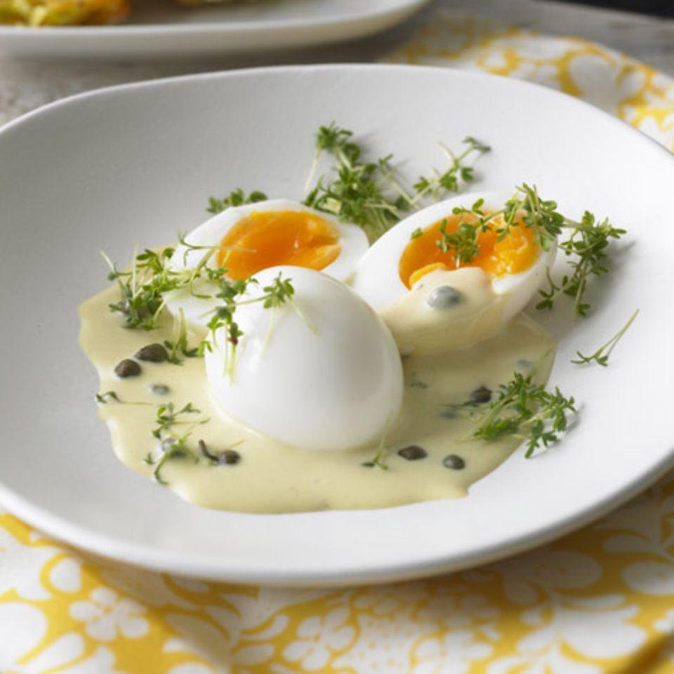 Eier in Kapern-Senf-Sauce