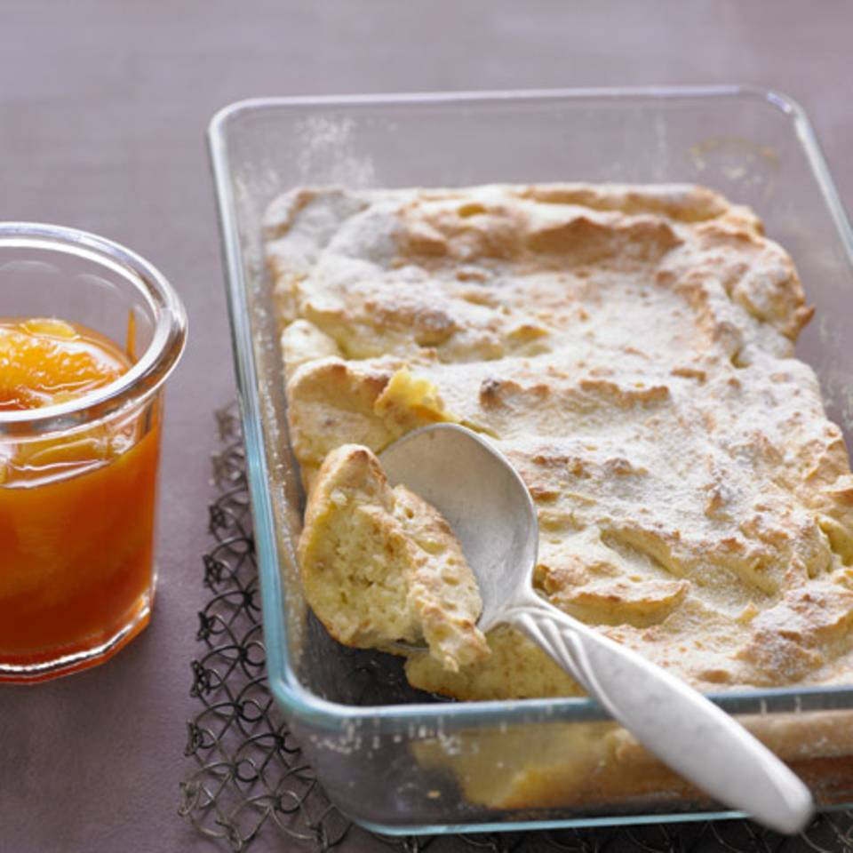 Mandel-Grießauflauf mit Orangensauce Rezept