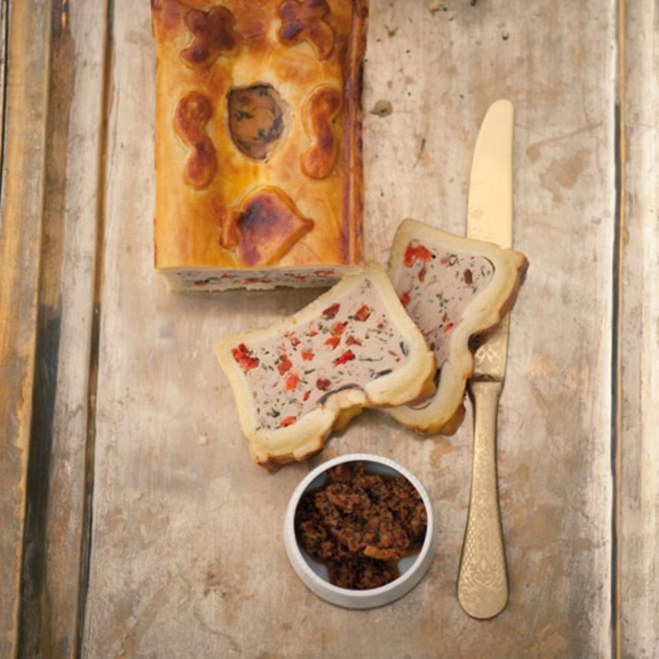 Kalbs-Pastete mit Basilikum und Paprika