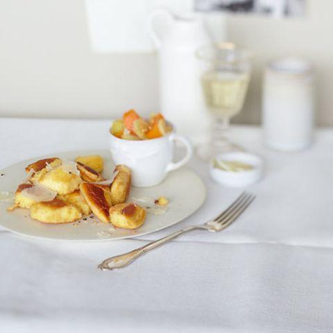 Pfeffer-Schmarren mit Kürbis und Apfel