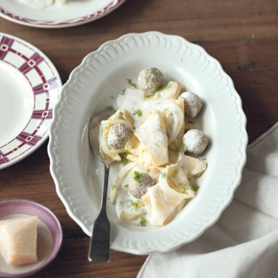 Fazzoletti mit Parmesansauce und Fenchel