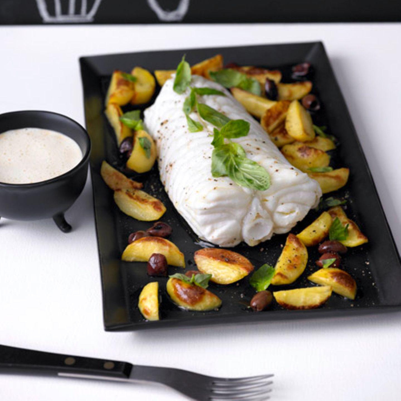 Seeteufel mit Kartoffel-Oliven-Gemüse