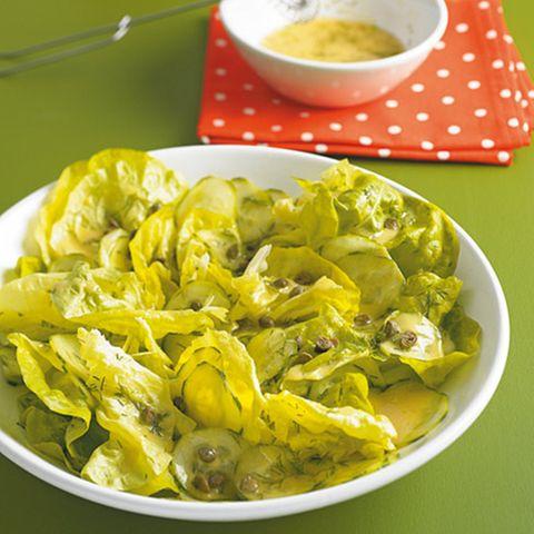 Kopfsalat mit Gurken