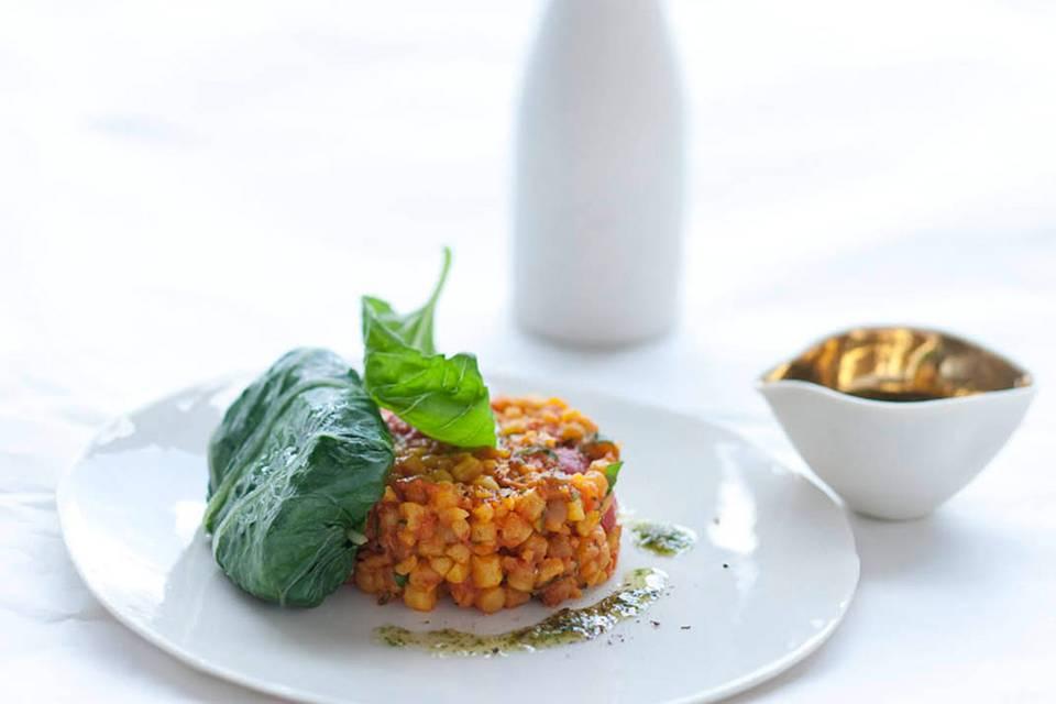 Mangoldblätter mit Fregola und Pecorino Rezept