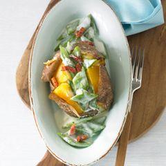 Ofenkartoffel mit Bechamel-Bohnen