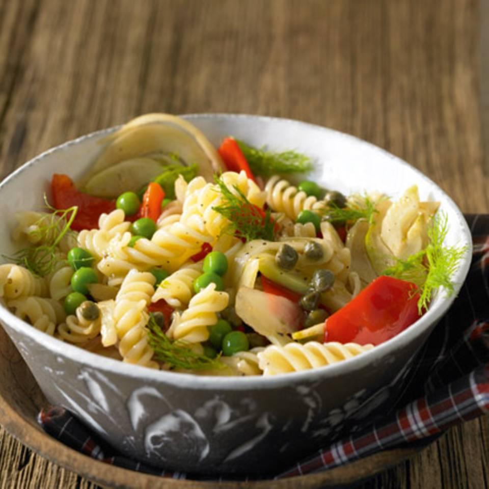 Gemüse-Nudel-Salat Rezept