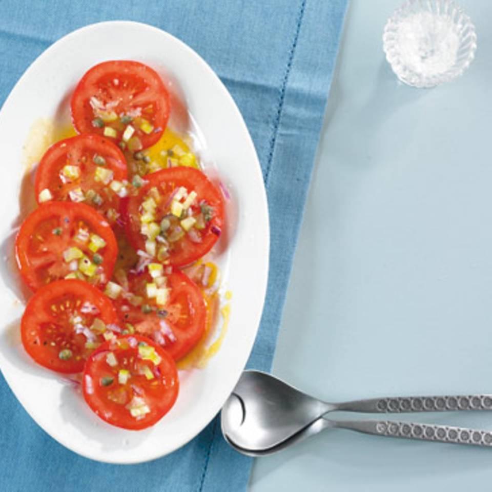 Tomaten mit Sellerie-Vinaigrette Rezept