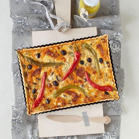 Chorizo-Quiche und Pinienkern-Vinaigrette