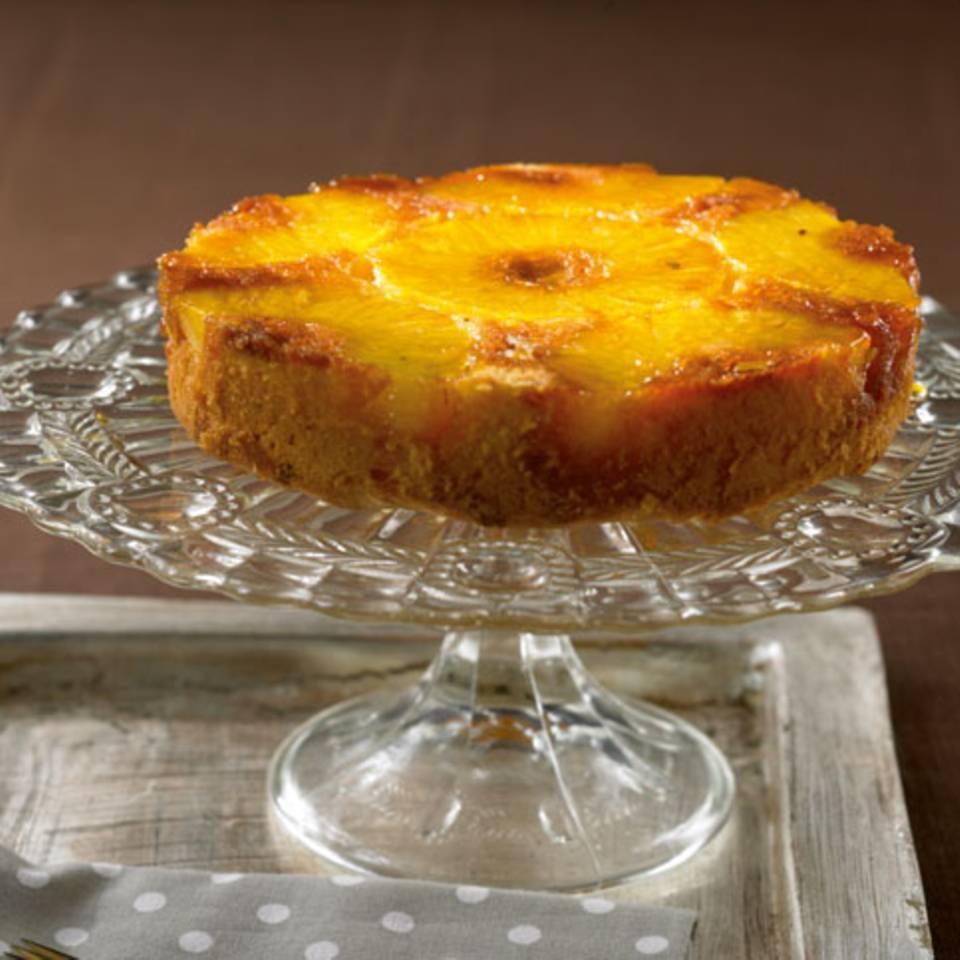 Weißer Schoko-Ananas-Kuchen Rezept