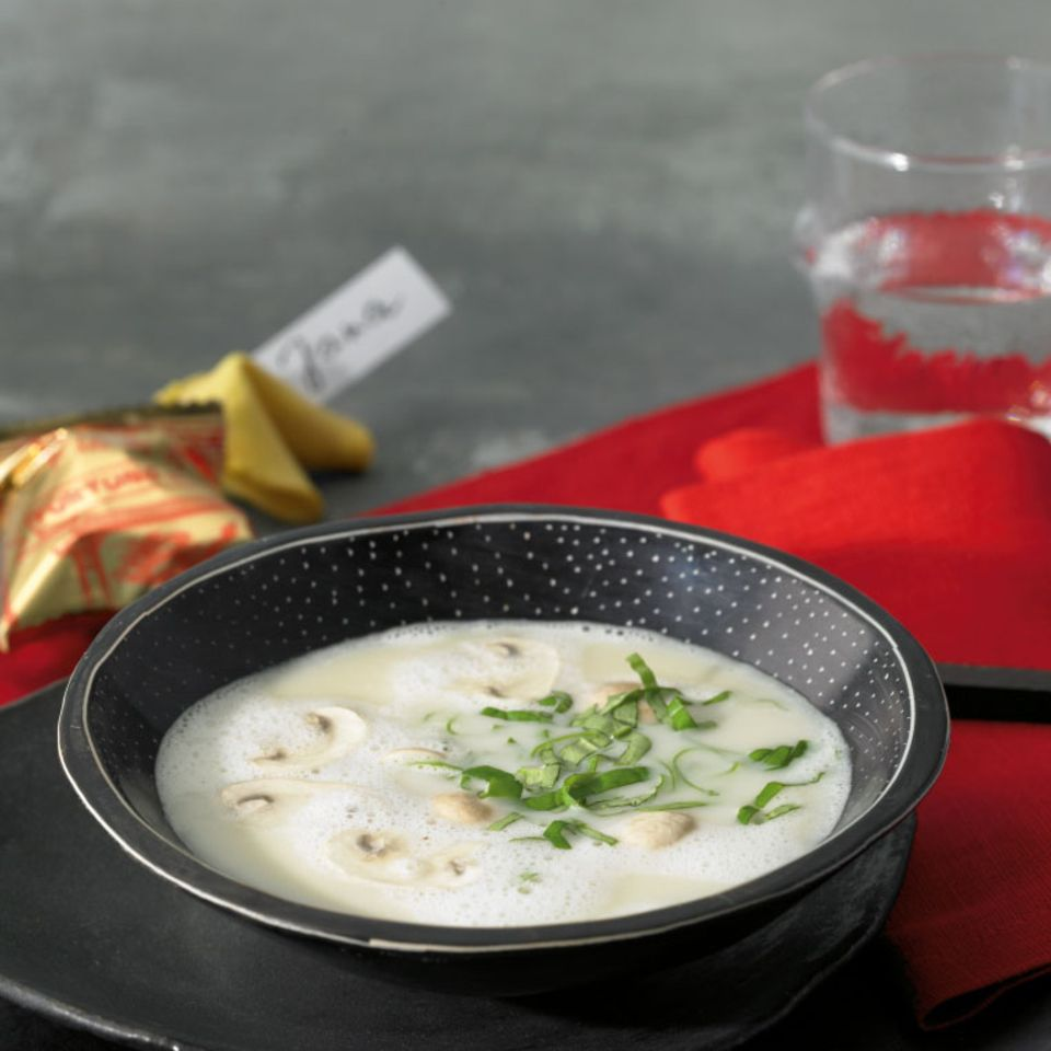 Kokossuppe mit Champignons
