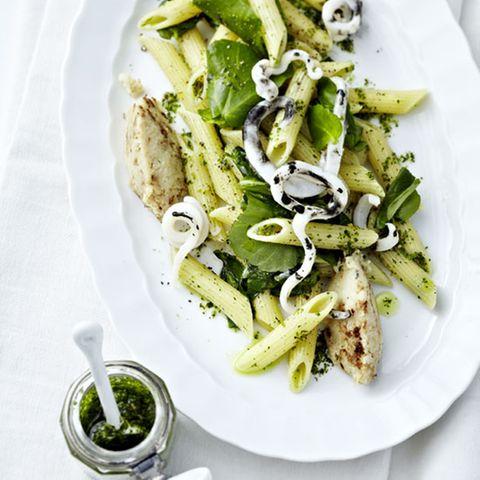 Penne rigate mit Sepia und Brunnenkresse-Pesto