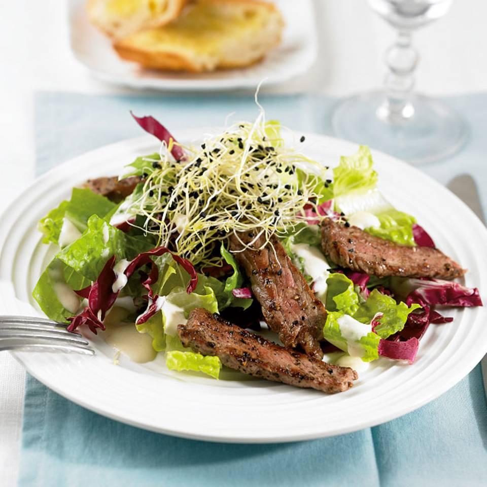 Salat mit Steak Rezept